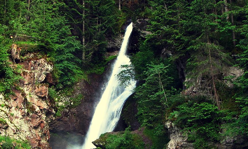 cascata-cavalese-montagnaestate