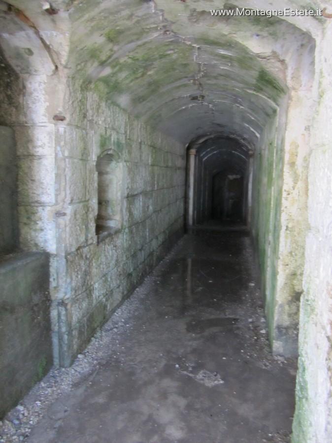 corridoio all'interno del forte