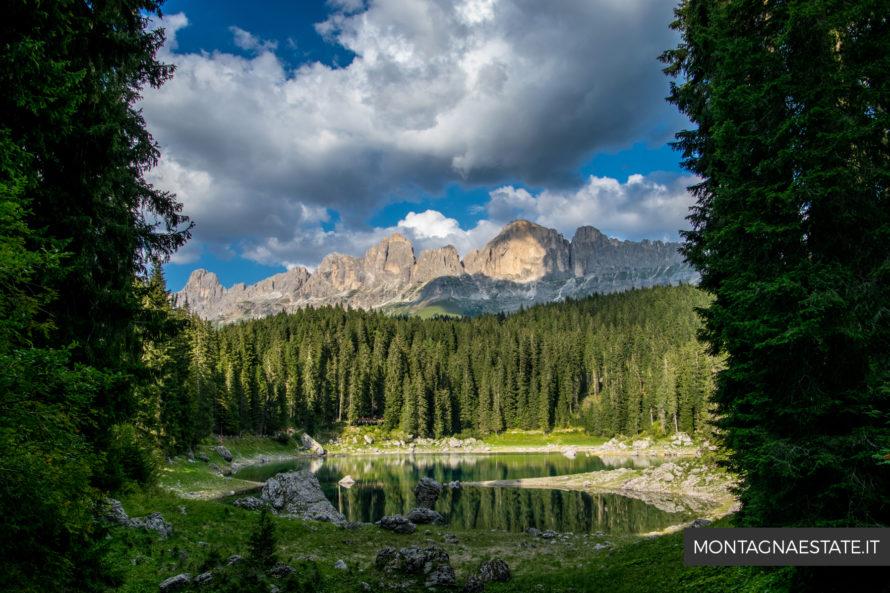 Panorama dal sentiero che gira attorno al Lago di Carezza