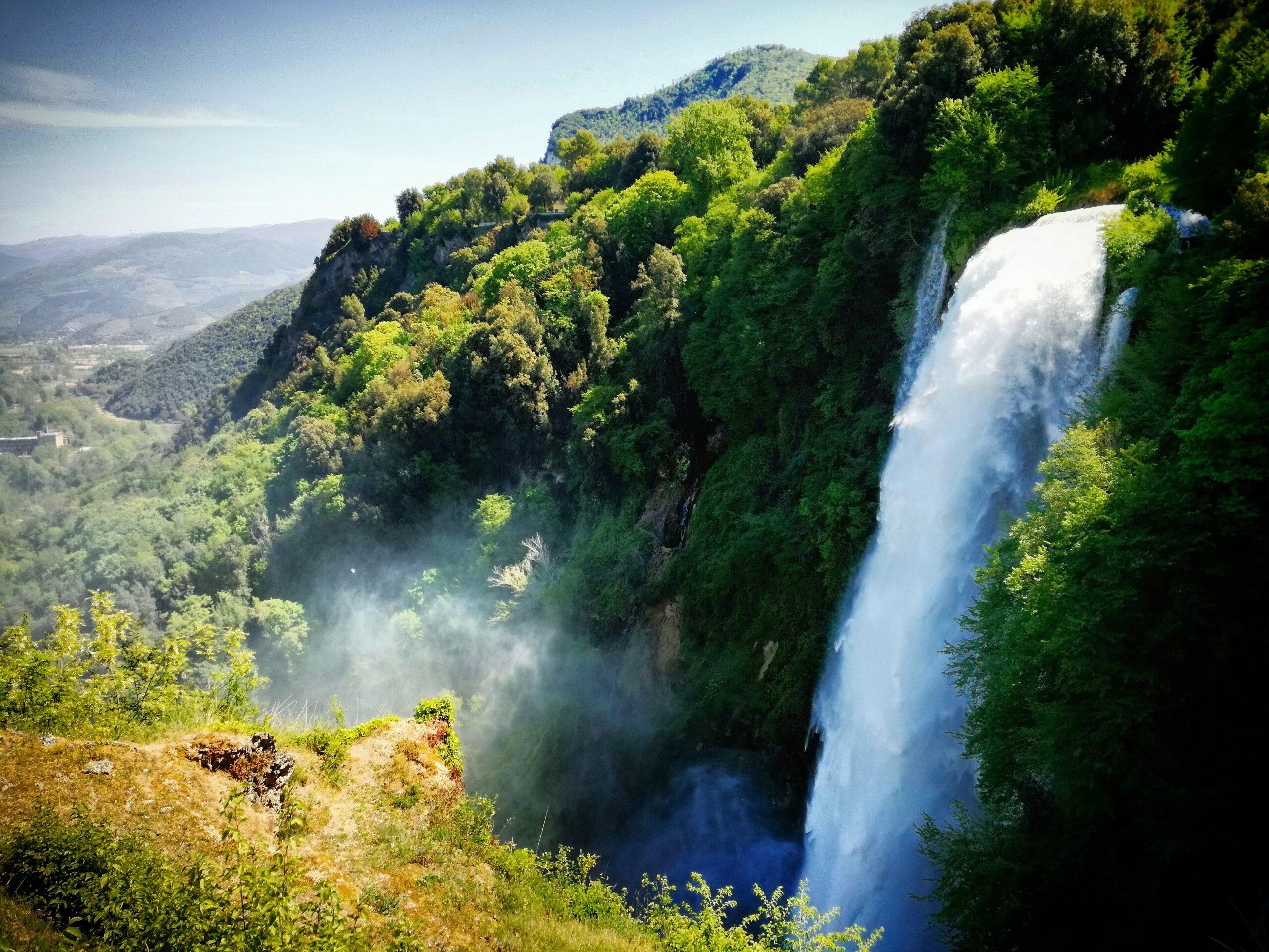Le 5 più belle cascate degli Appennini da visitare in estate