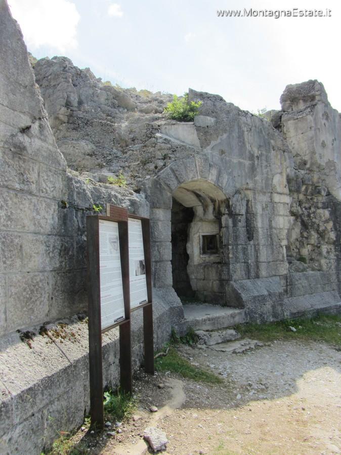 porta di entrata al forte
