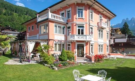 Fiera di Primiero: camera doppia/matrimoniale in mezza pensione con ingresso al centro benessere per 2 all'Hotel Luis 4*