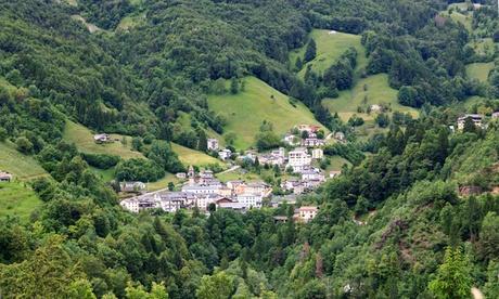 Piani di Bobbio: fino a 5 notti in mezza pensione o pensione completa per 2 persone al Rifugio Stella